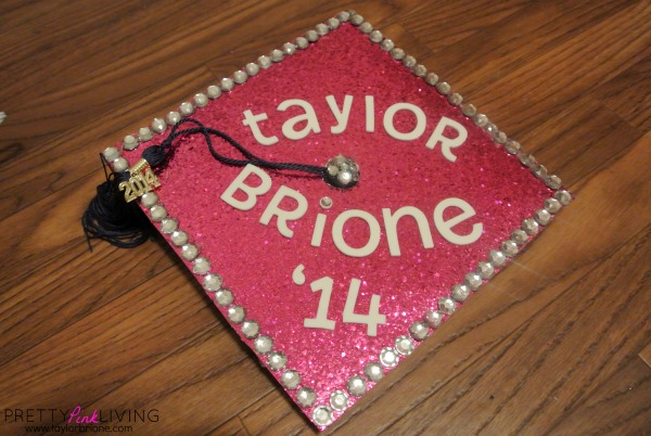 #DIY Graduation Cap Decorating ! #PrettyPinkGrad